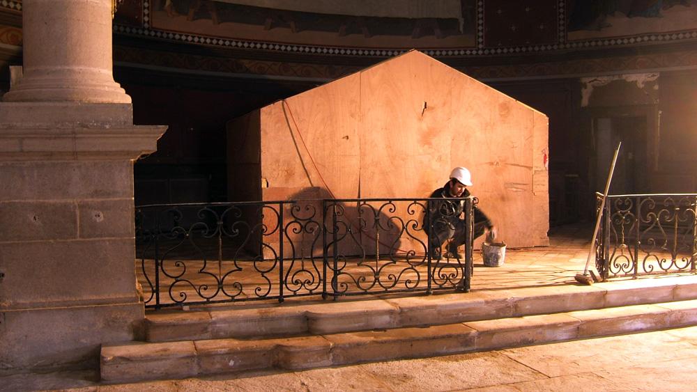 Le choeur de l'église d'Arc-sut-Tille en réfection (Photo UEPA)